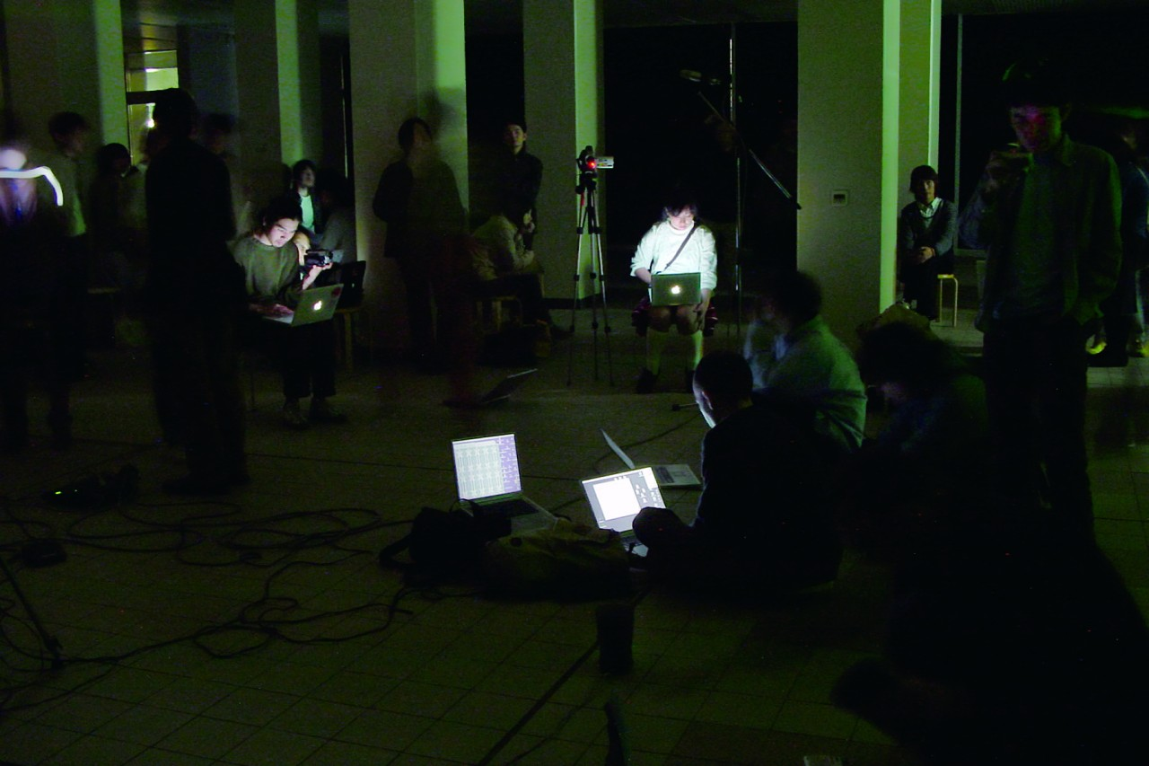 The SINE WAVE ORCHESTRA in Tama Art University